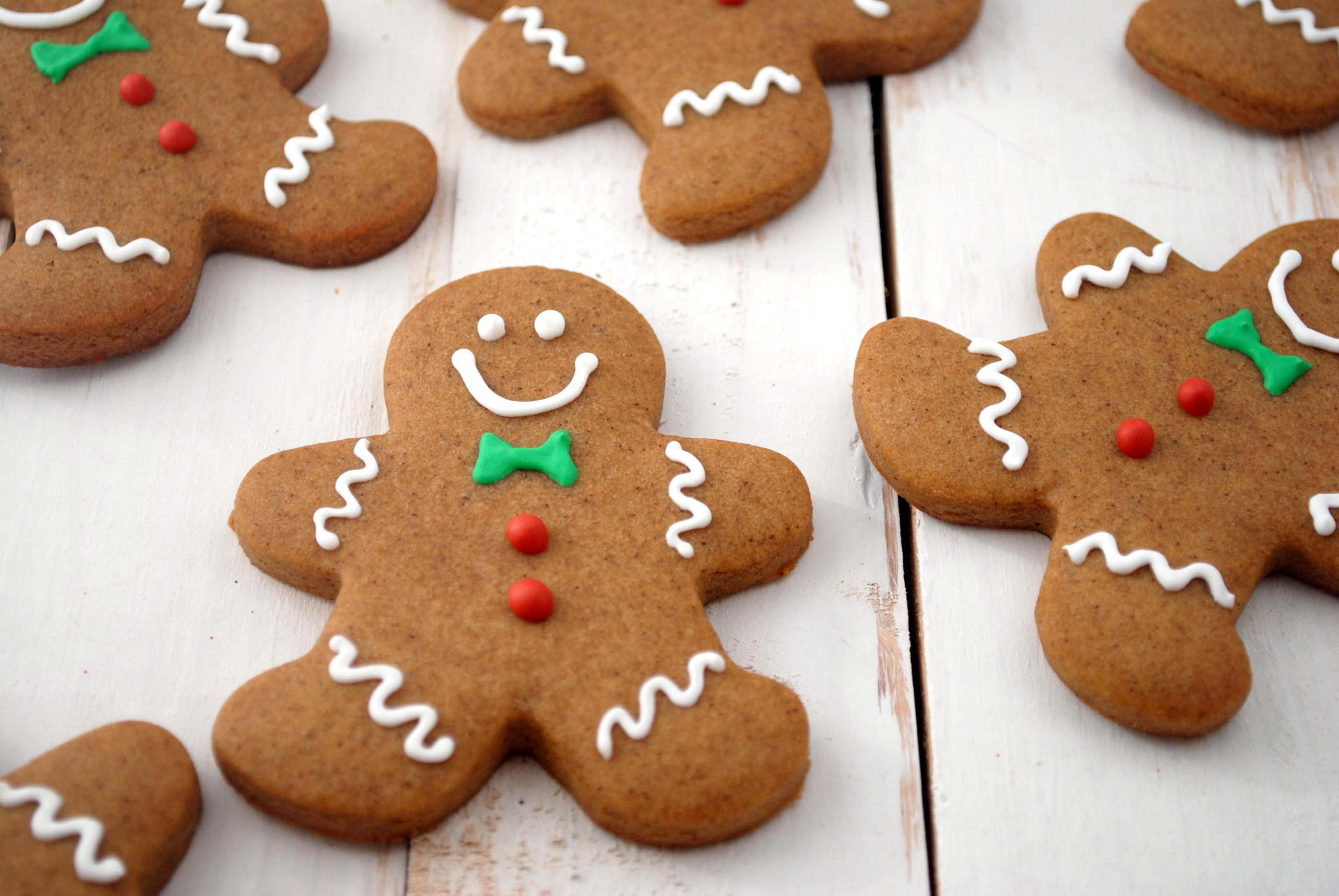 Gluten free Ginger bread men | The Shamrock and Peach