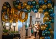 50 Baloons